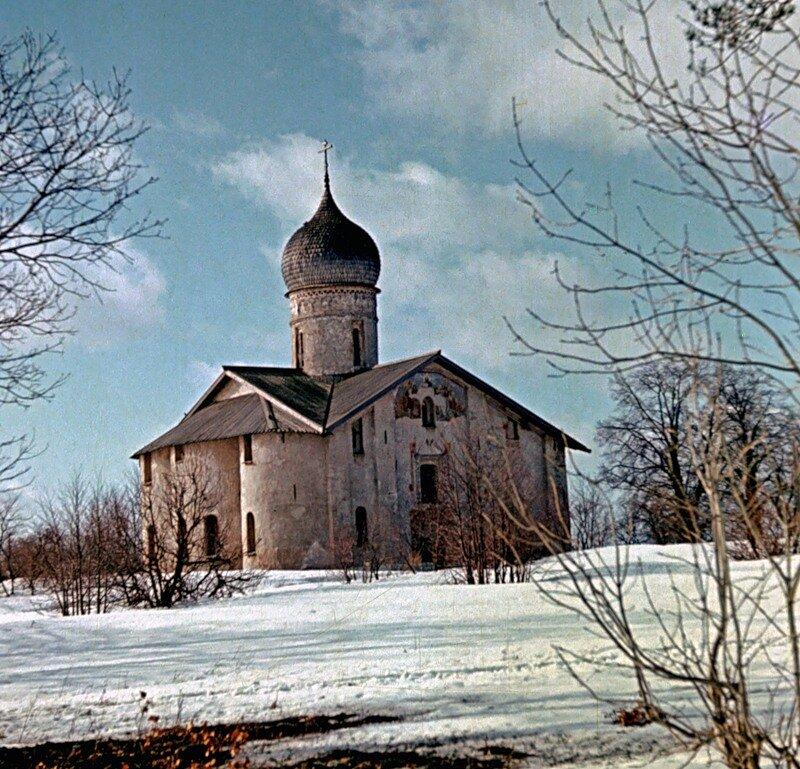 Церковь Благовещенья в Аркажах