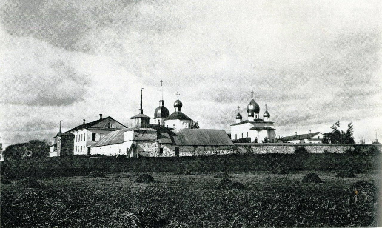 Кириллов монастырь. Вид с юго-востока