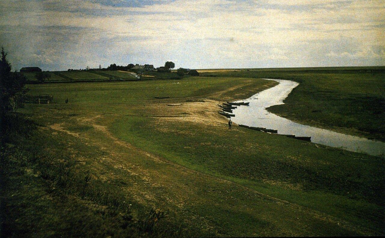 Речка Спасская у подножия Нередицкого холма. 1909