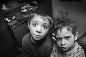 Учёные выяснили – бедное детство обременяет мозг