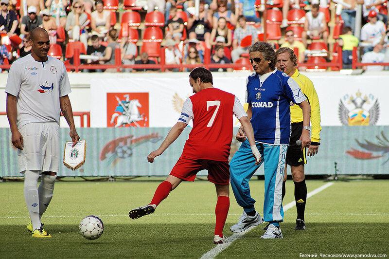 Лето. Арт Футбол. Тото Кутуньо. 01.06.14.09..jpg