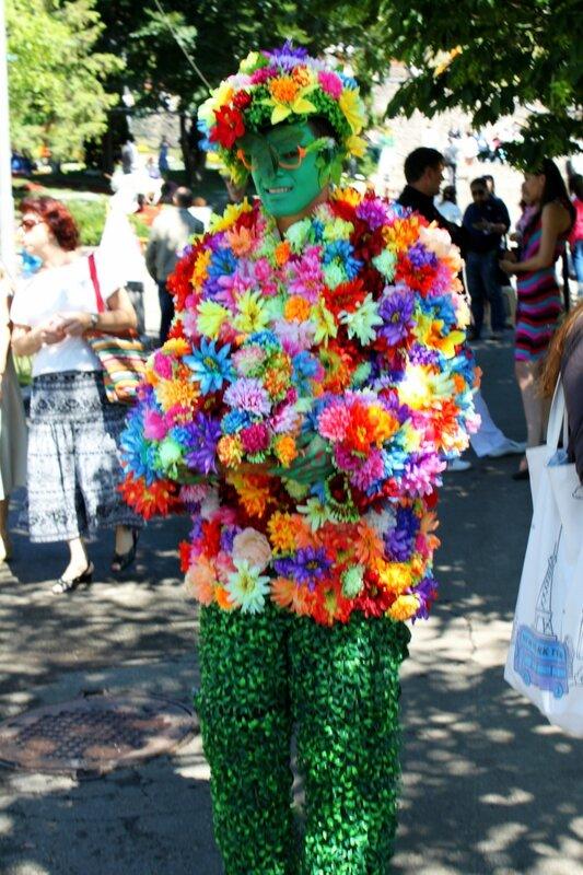 Цветочный человек