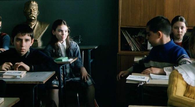 девочка с девственной писей