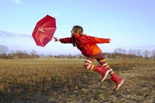 Бег с зонтиком