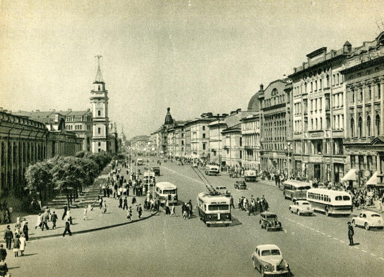 Невский проспект 50-ых годов.