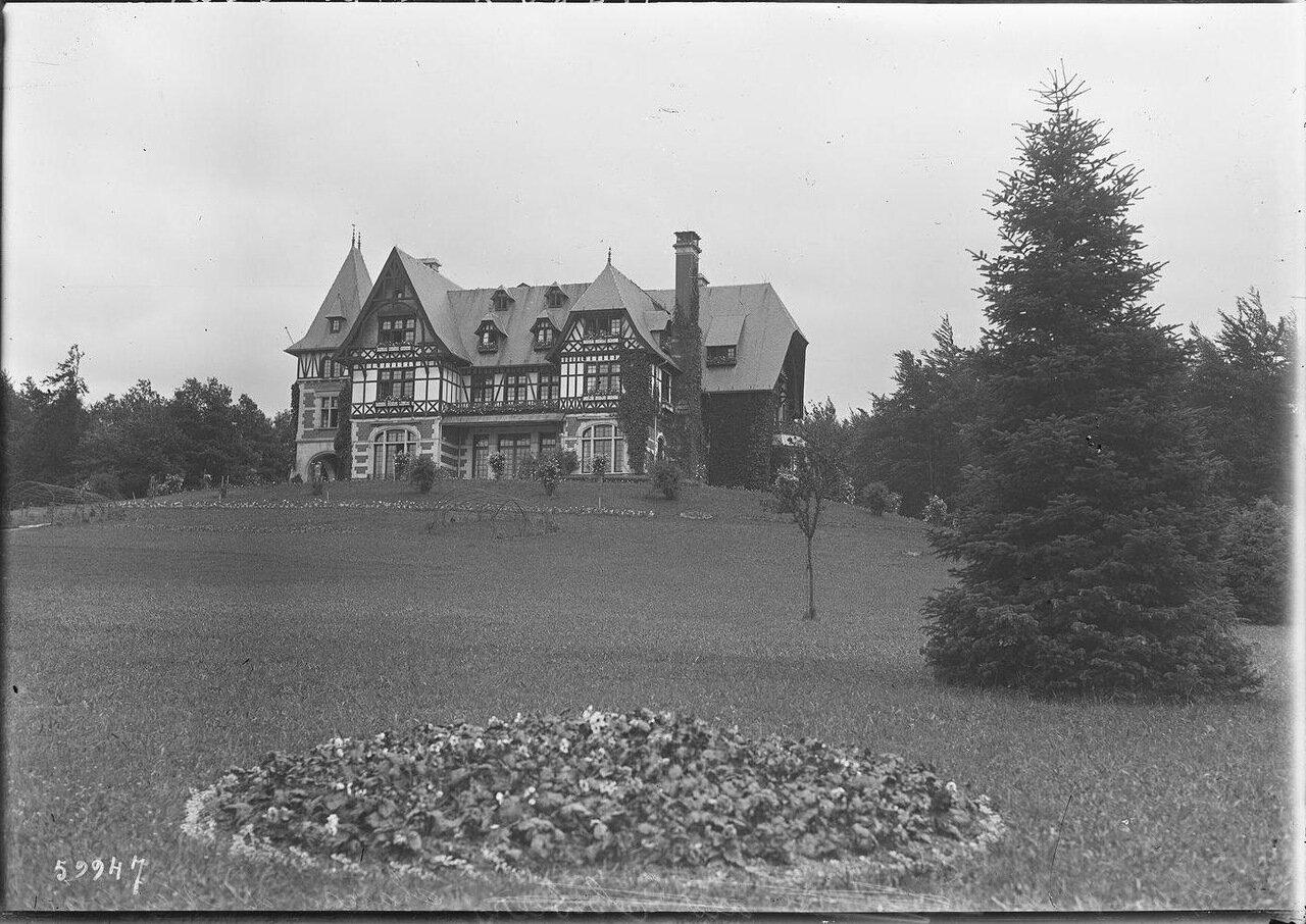Замок Нёбуа в Спа (временная резиденция французской делегации на конференции)