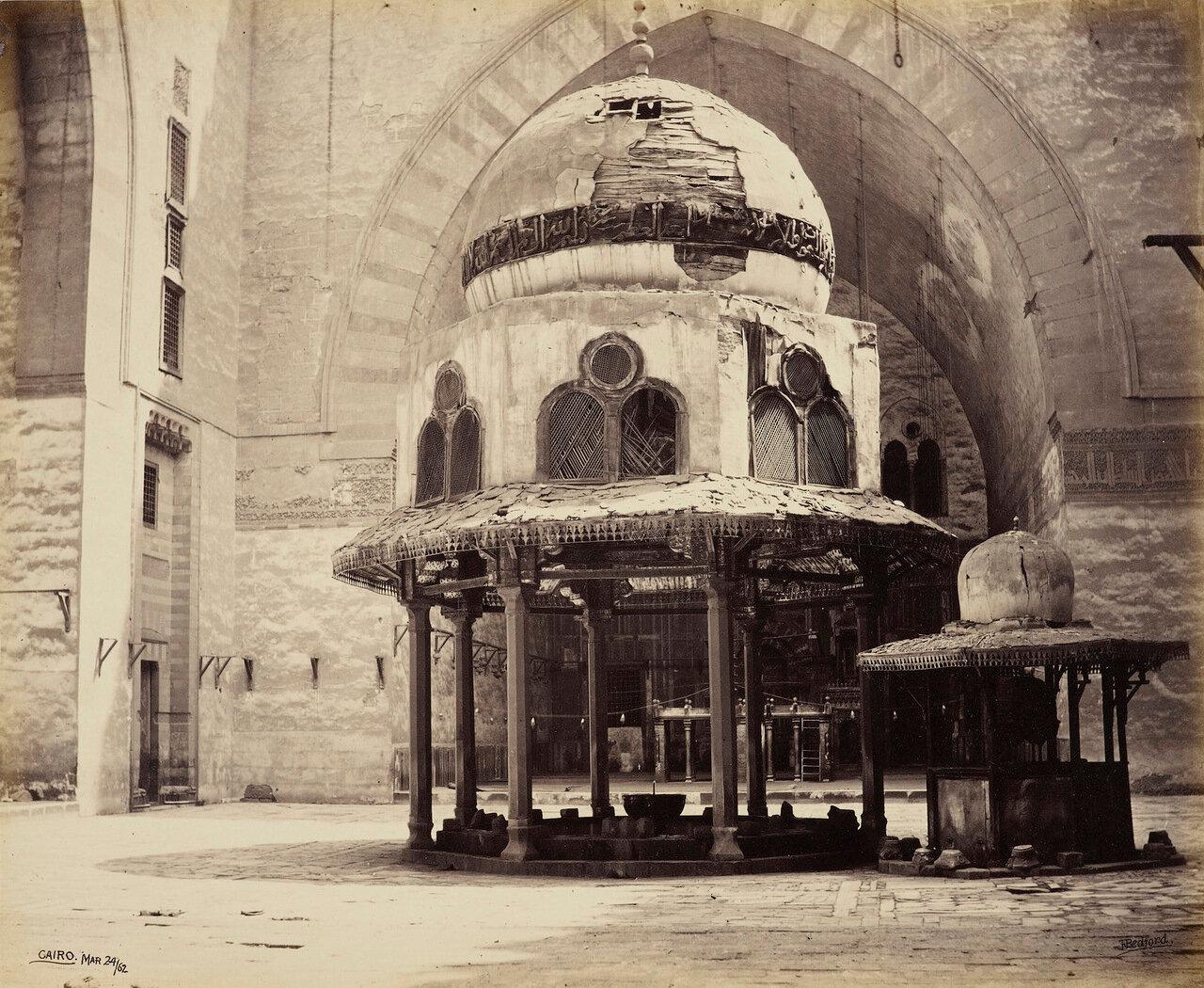 24 марта 1862. Интерьер мечети султана Хасана. Каир