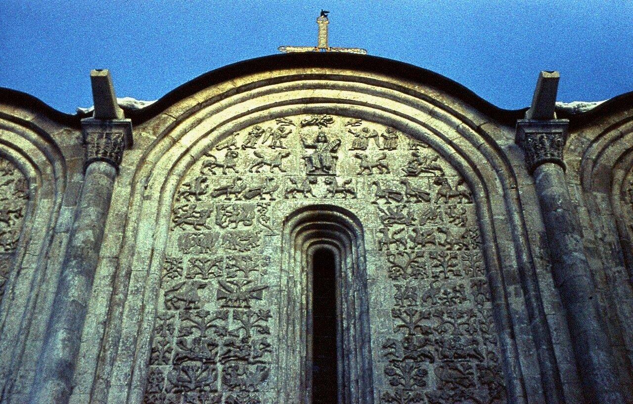 3.  Димитриевский  собор