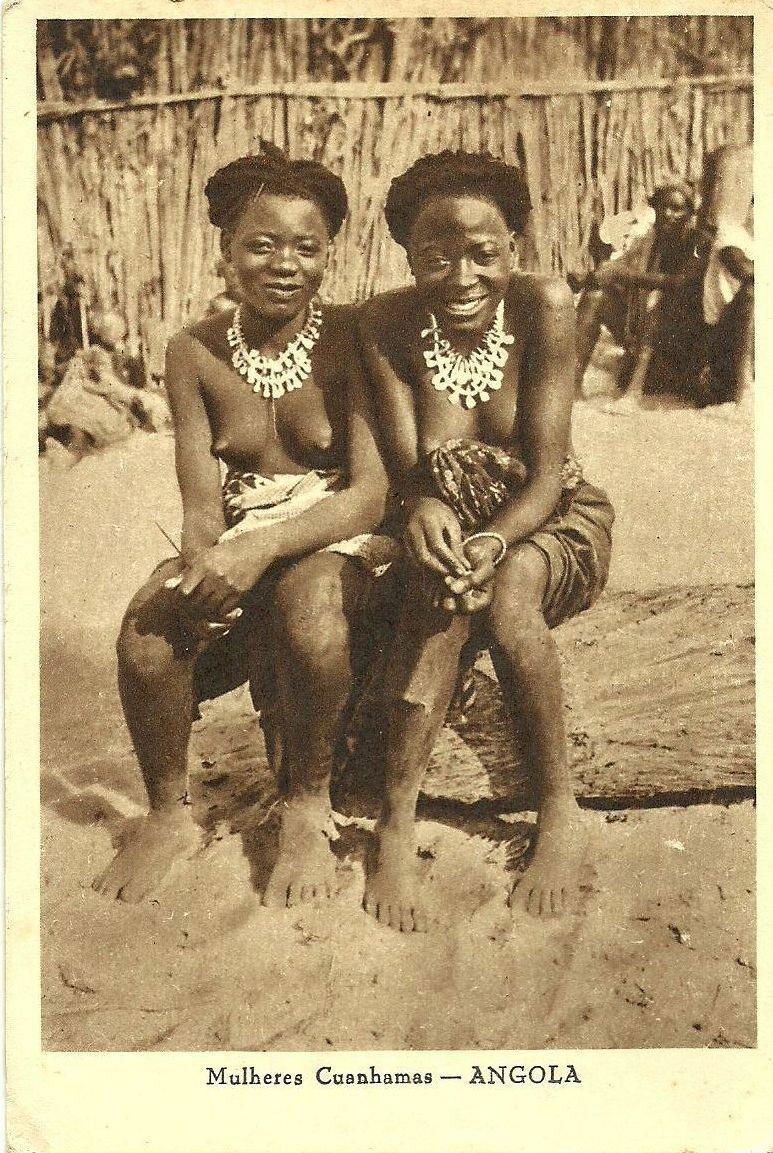 Женщины племени куанхамос. Ангола