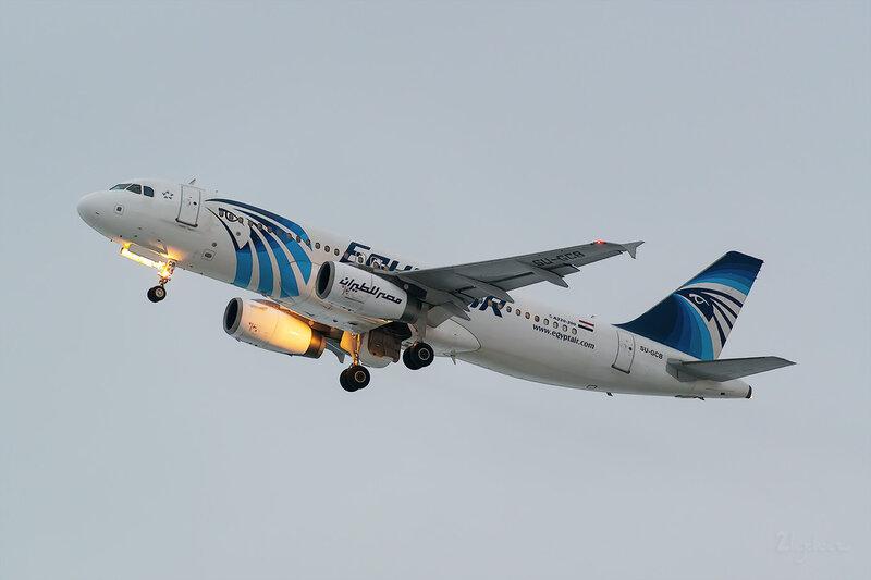 Airbus A320-232 (SU-GCB) EgyptAir D803552