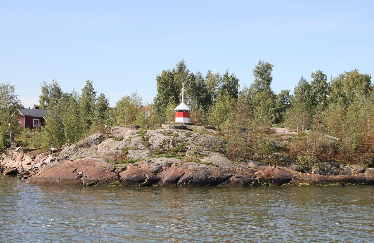 Helsinki, South Bay. The island of Luoto