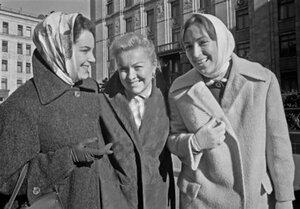 Быстрицкая, Целиковская, Лучко