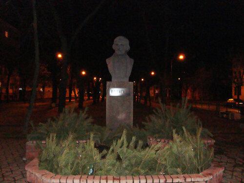 Брест. Памятник Н.В.Гоголю