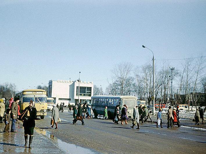 1980. Станция Мытищи, автовокзал