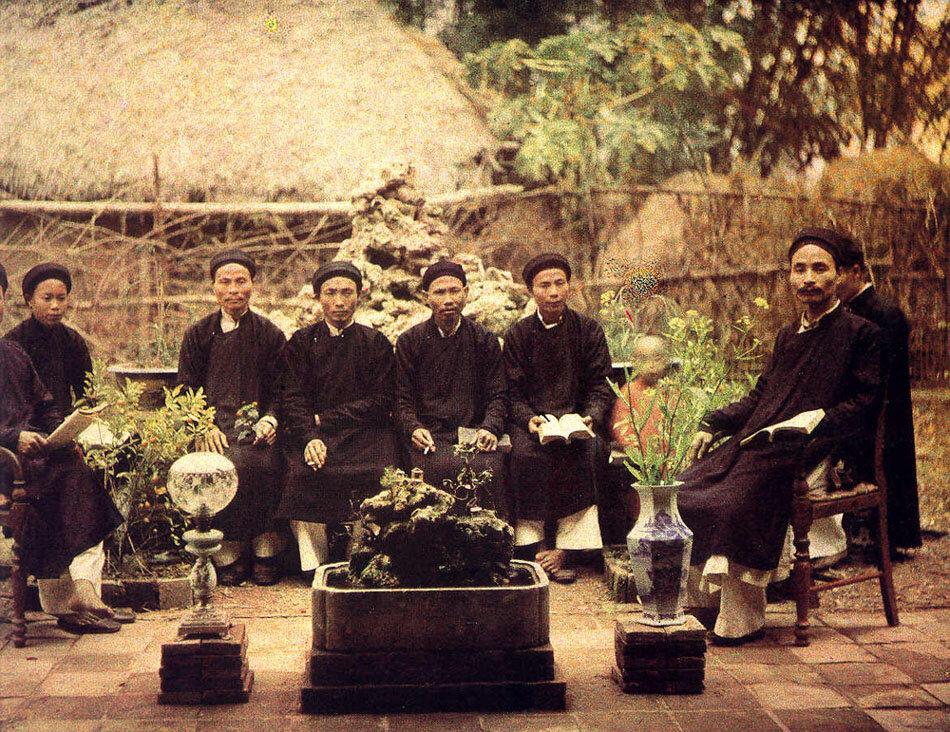 Ханой. Группа местной знати, около 1920