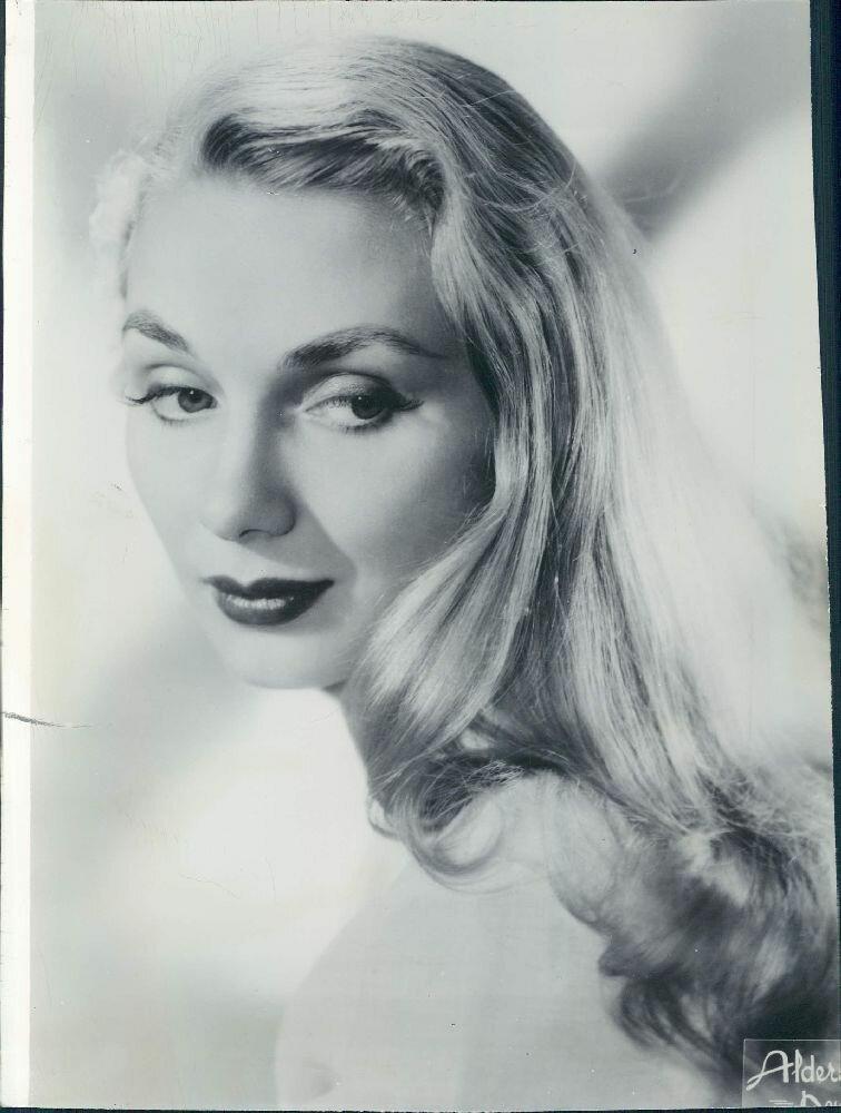 1956. Актриса Инга Свесен