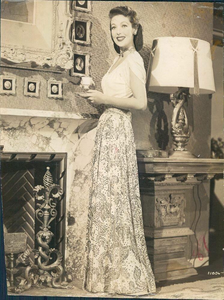 1952. Лоретта Янг