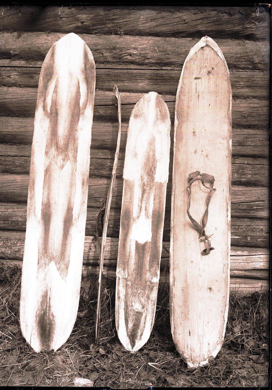 1913. Село Ларьяк.   Мужская и детская поволока