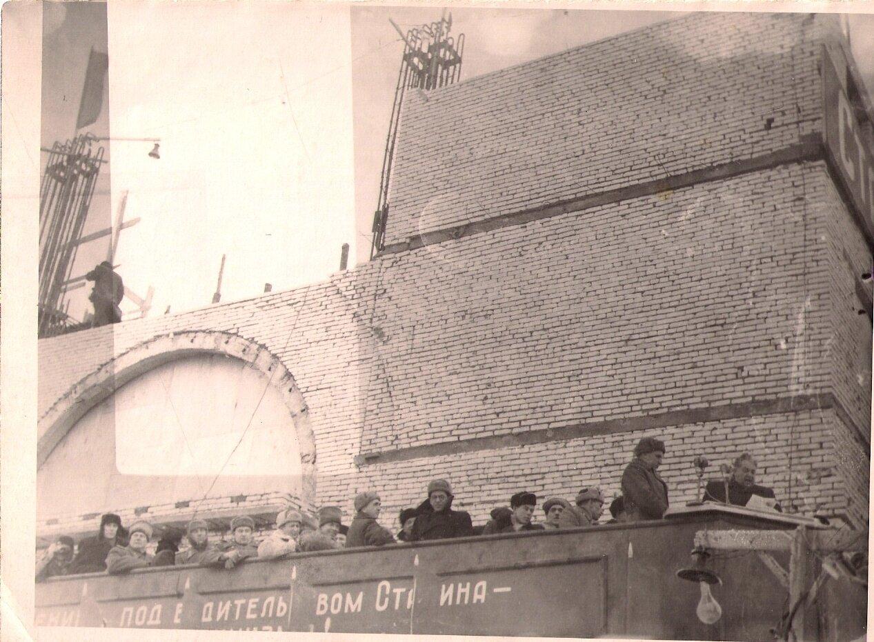 Торжественный митинг на насосной станции №31 (п. Пятиморск)