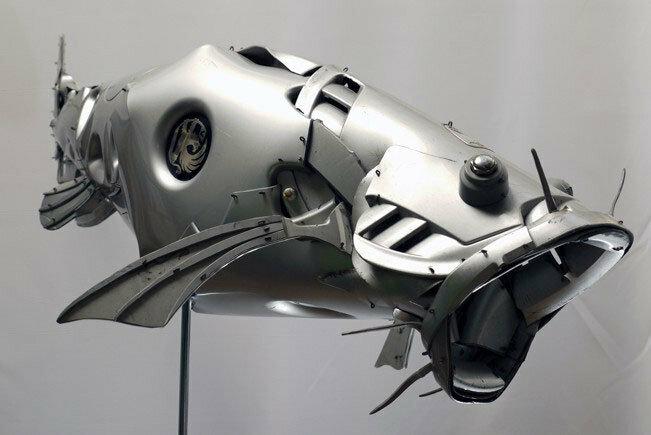Скульптуры из автомобильных дисков