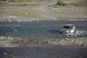 При броде через реку Бугузун ни один малек не пострадал:)