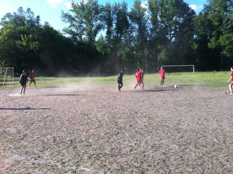 пыльный футбол в Сарове