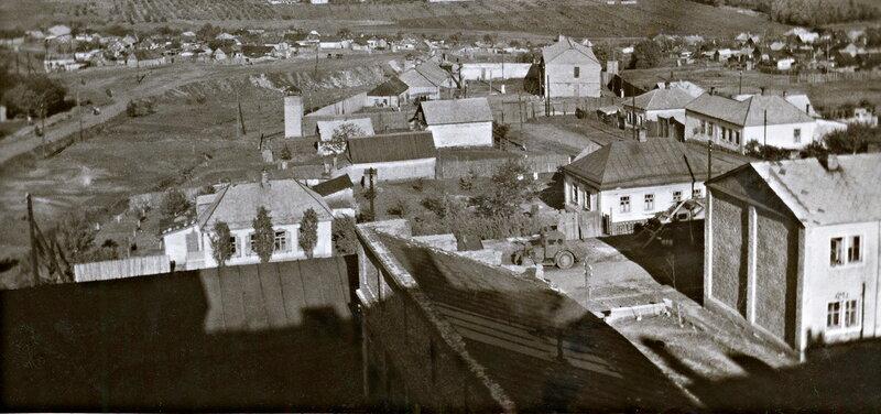 10 Вид на Семеновку, 1942г с Челюскинцев и Театрального.jpg