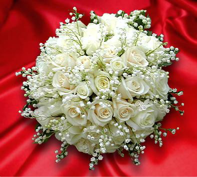 Нежность. Свадебный букет из белых роз