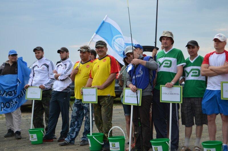 Желающих принять участие в соревнованиях оказалось много (16.07.2013)
