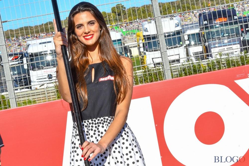 Девушки паддока Гран При Валенсии 2017