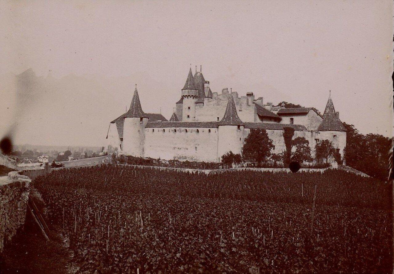 Замок Эгл