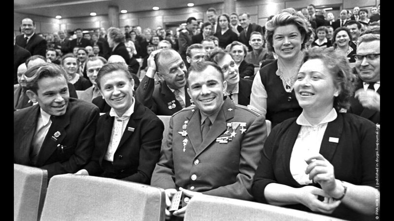 Ю.А. Гагарин на съезде