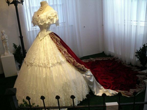 Платье времен елизаветы
