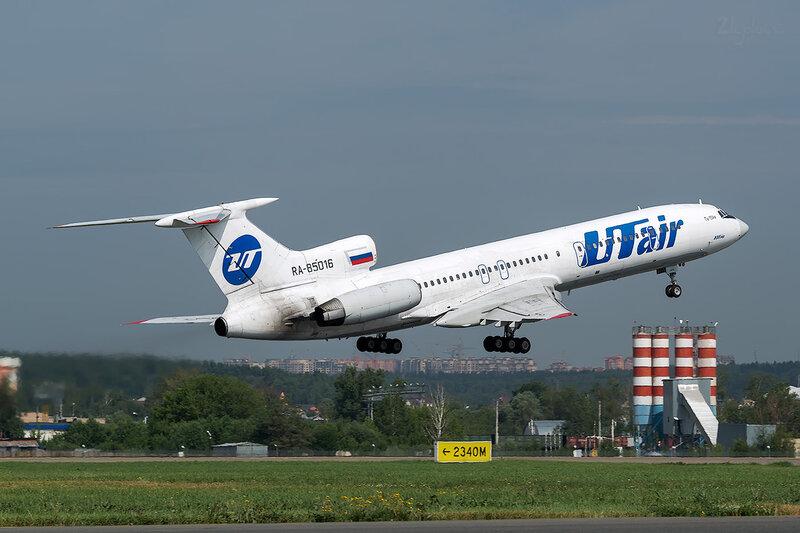 Туполев Ту-154М (RA-85016) ЮТэйр D801479