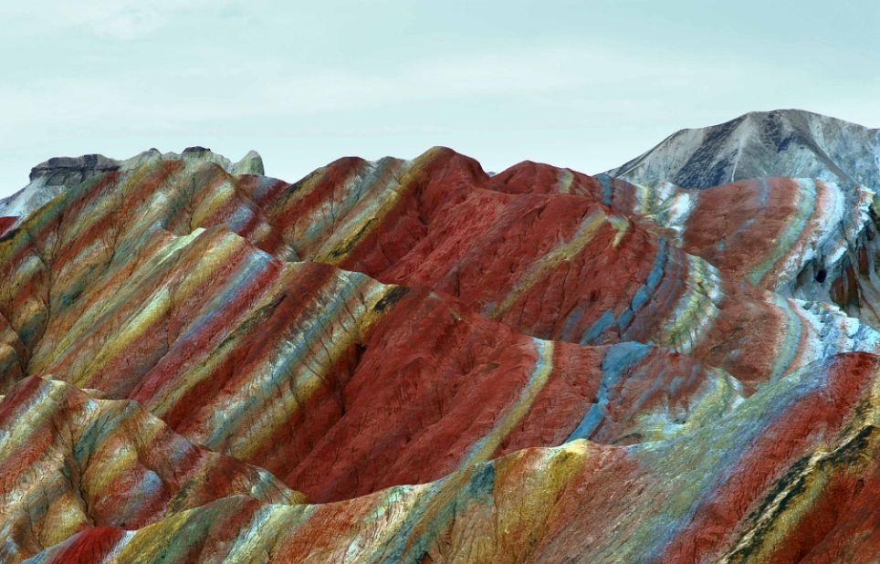 Цветные скалы Чжанъе Данксиа(Китай)