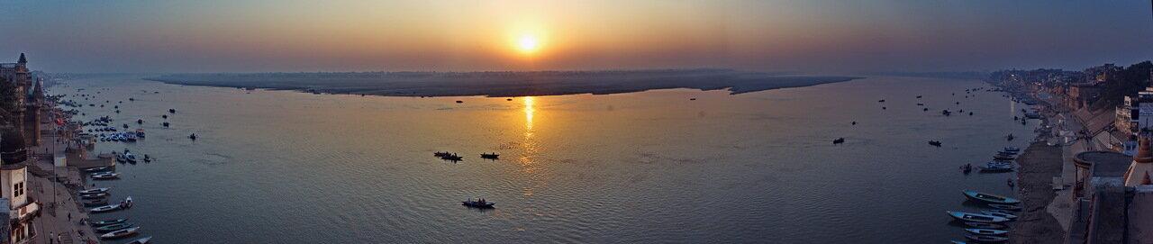 Индия: День 10: Варанаси. Ганга. Рассвет.