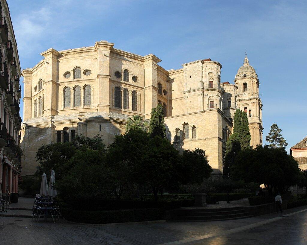 Малага. Патио Наранхоса (Patio de los Naranjos)