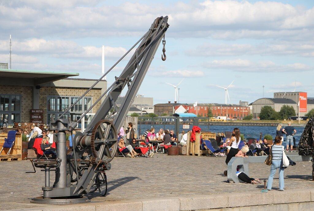 Копенгаген. Набережная Ларсенс Пладс (Larsens Plads). Ручная грузовая стрела