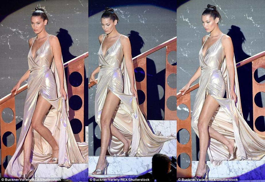 Самое провокационное платье показала модель Белла Хадид.