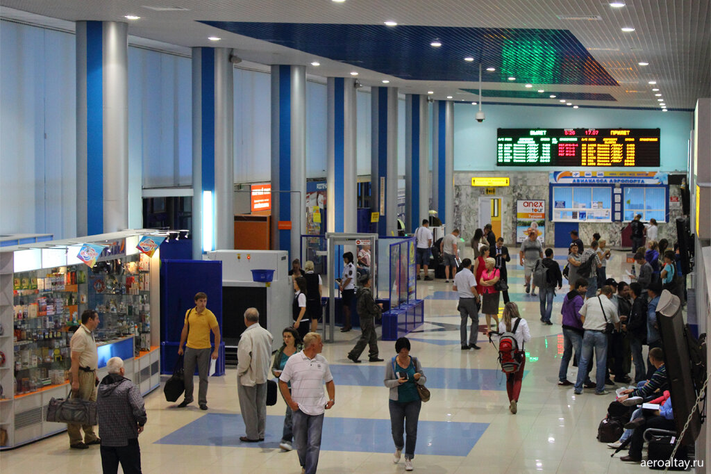 Внутри аэропорта Барнаул