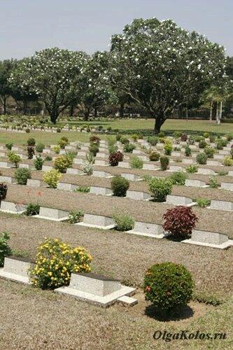 Военное кладбище в Танбузьят