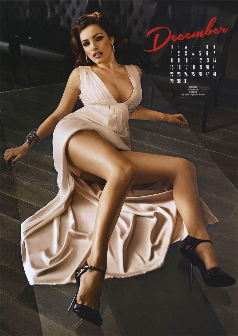 декабрь - Календарь сексуальной красотки, актрисы и модели Келли Брук / Kelly Brook - official calendar 2014
