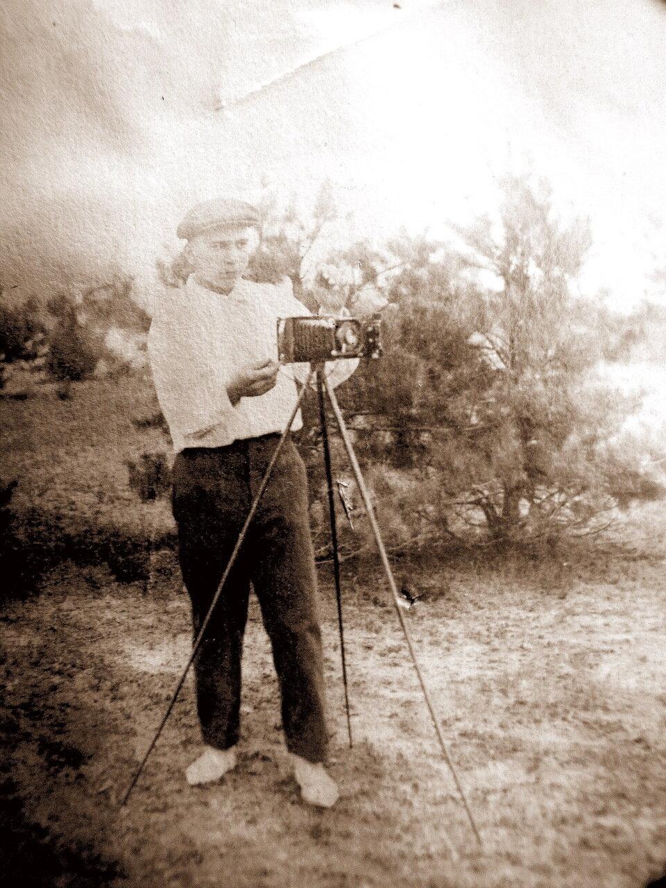1930-е. Фотокор за работой