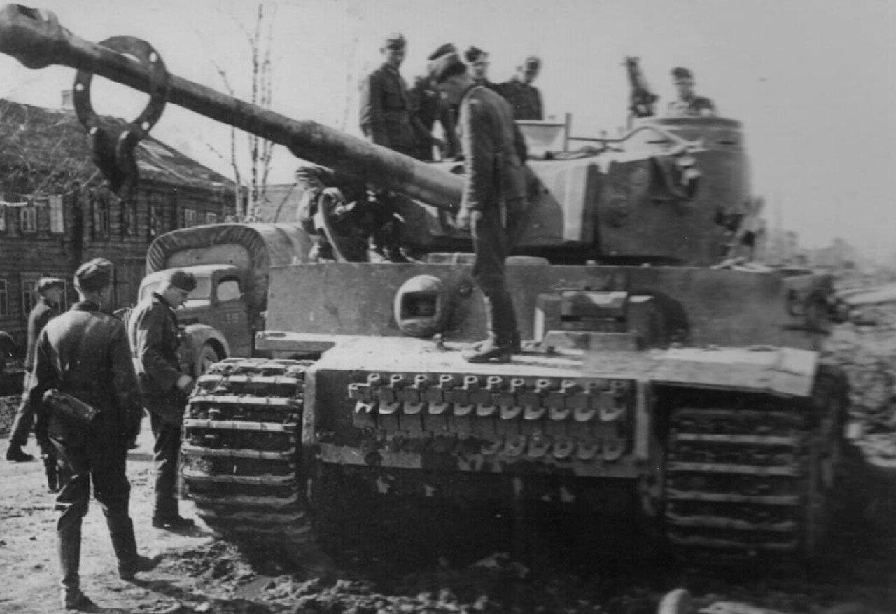1942. Ленинградская область, один из первых Pz.Kpfw. VI Tiger