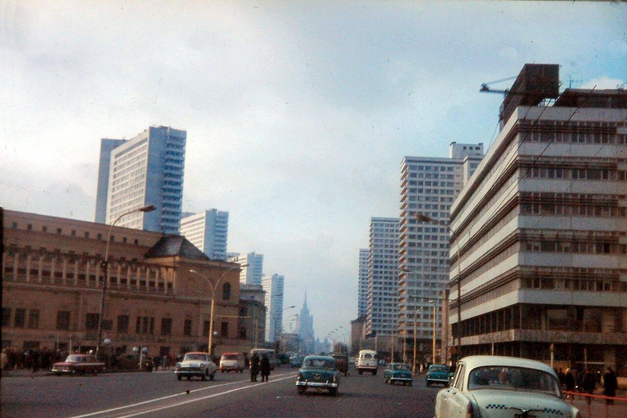 MOSCOU - Avenue de Leningrad