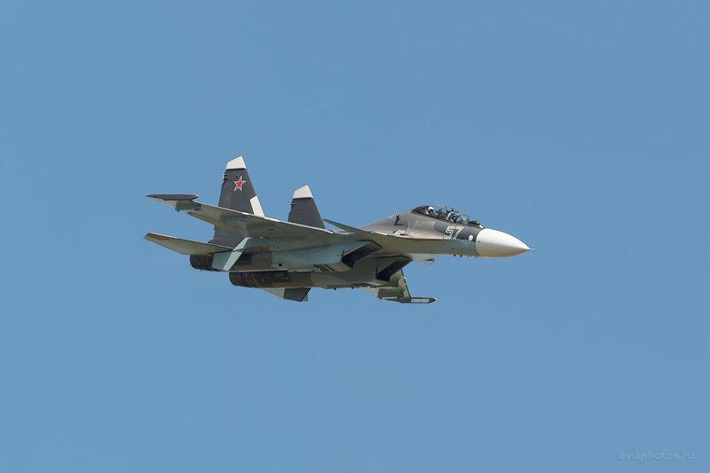 Сухой Су-30МК (RF-93667 / 57 синий) D805273