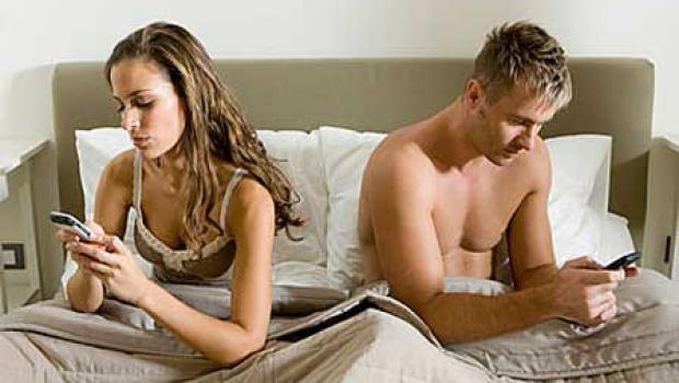 по данным которого выяснилось, что 20% молодых людей не расстаются со см