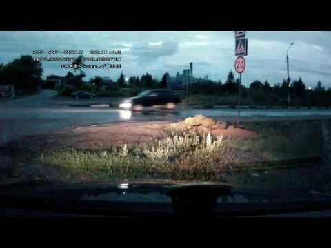 Как русские проезжают лежачего полицейского