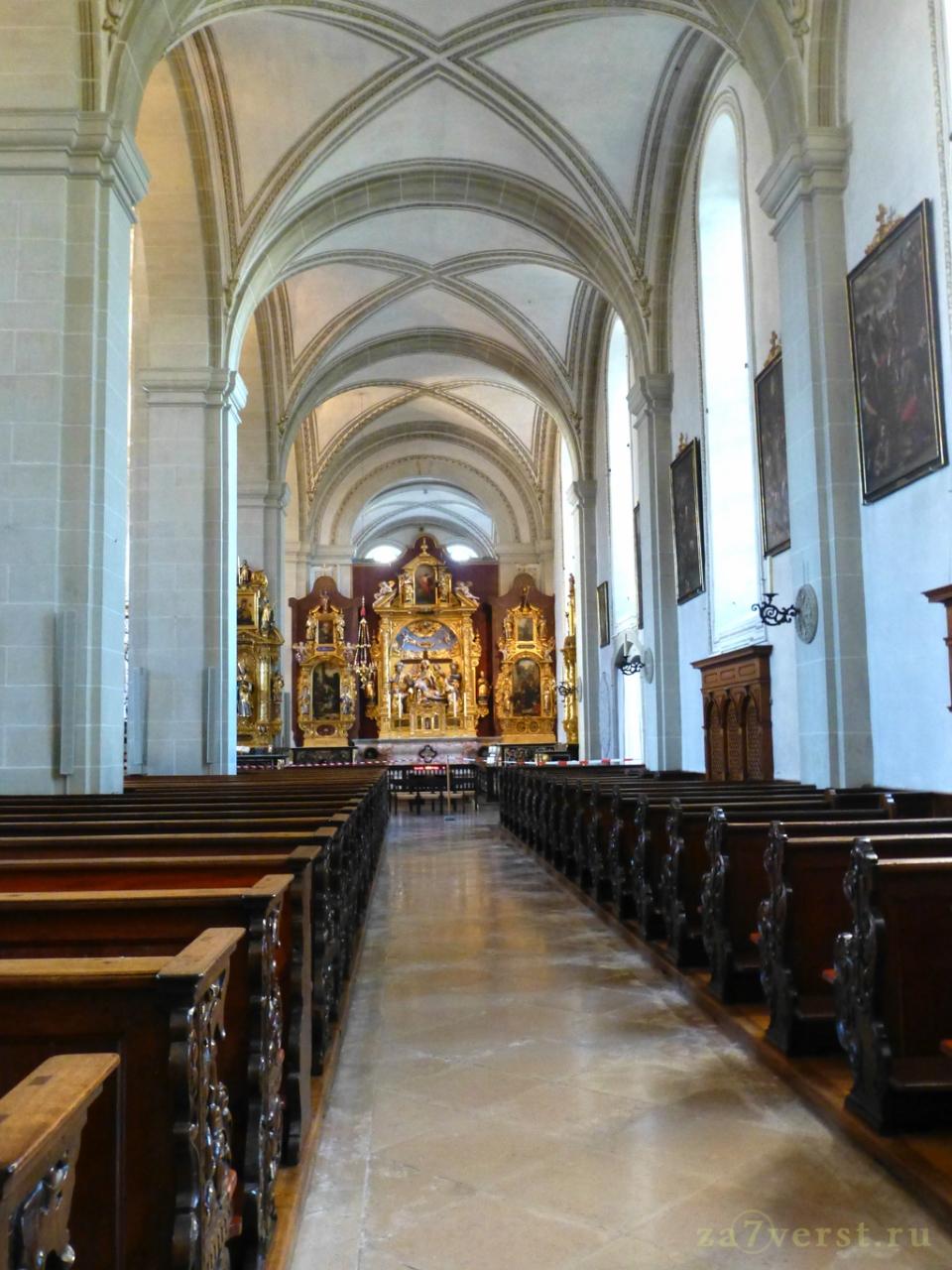 Церковь святого Леодегара (Hofkirche St. Leodegar), Люцерн, Швейцария