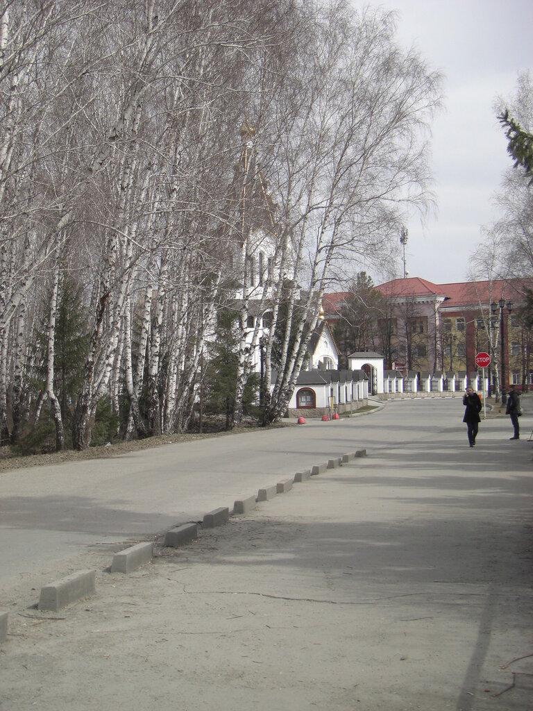 Между заводом и лесом (23.04.2014)